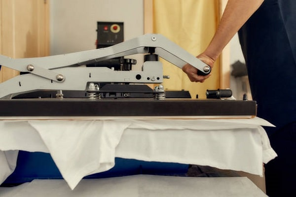 learn the basics of t-shirt heat printing