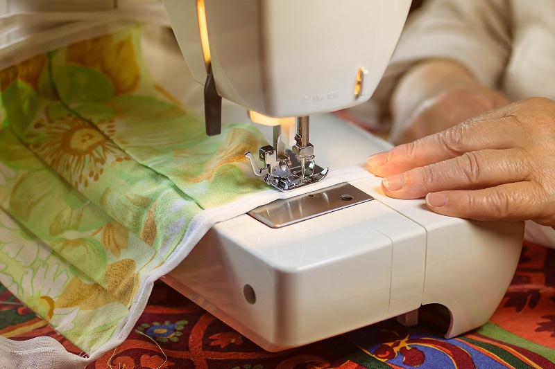 Sewing Machines for Intermediate Sewers